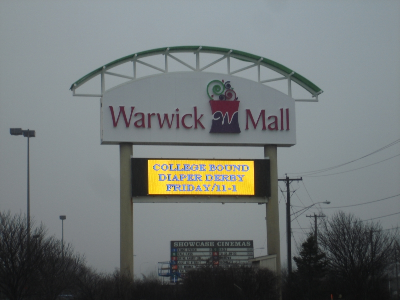 warwick mall pylon sign