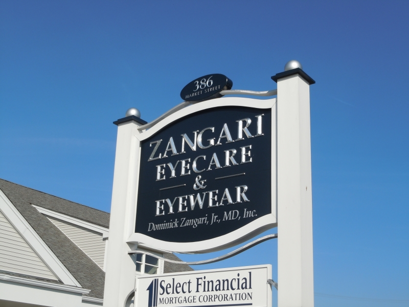zangary freestanding sign